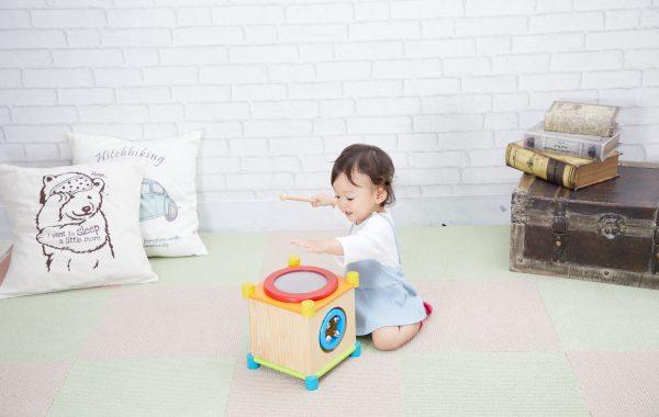 6面すべて音遊び!?1歳の赤ちゃんが大好きな楽器のおもちゃ