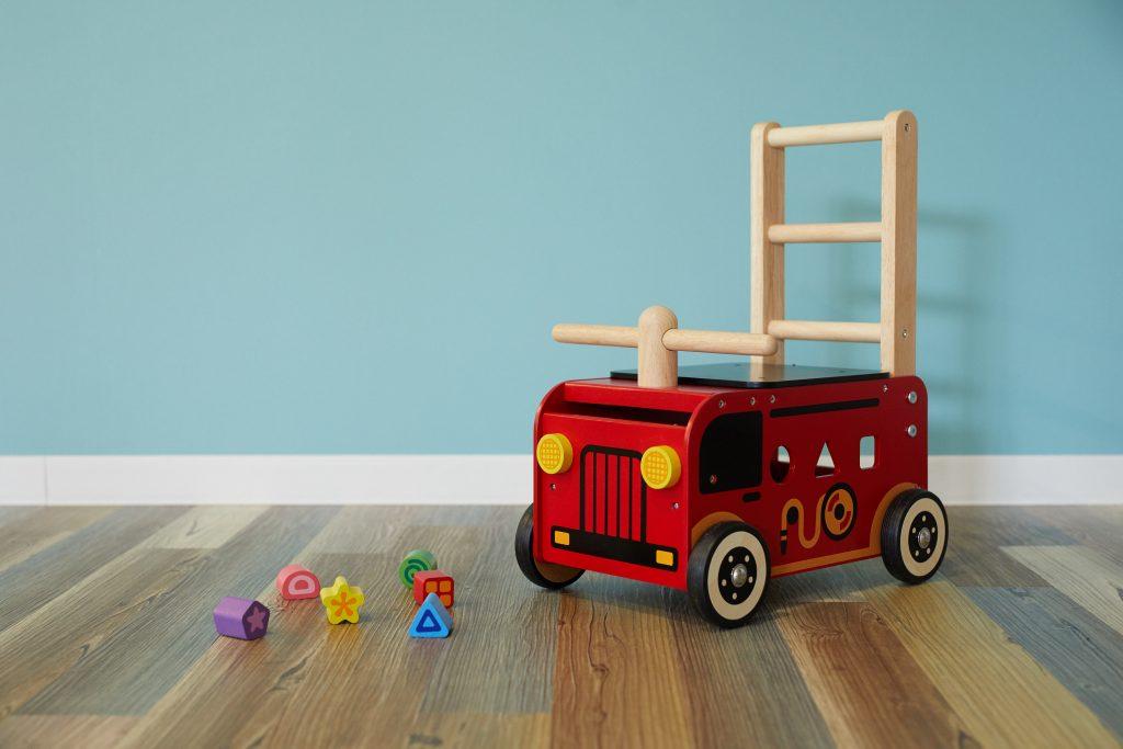 手押し車ウォーカー&ライド消防車