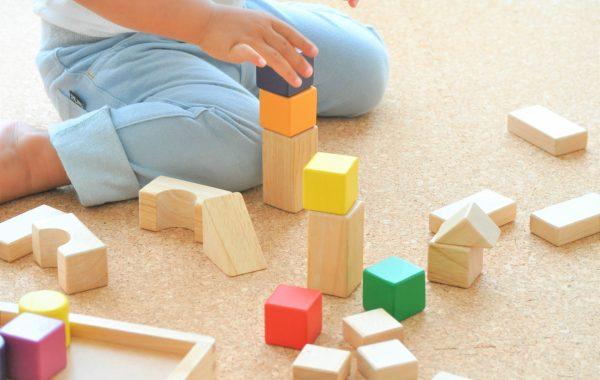 積み木でアート~遊び方は無限大~想像力の種を育てる