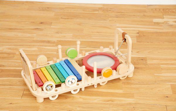 2歳のお誕生日に贈って喜ばれる楽器のおもちゃ「