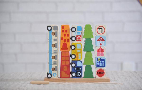 男の子に人気の2歳児車のおもちゃ「ソート&カウントシティ」