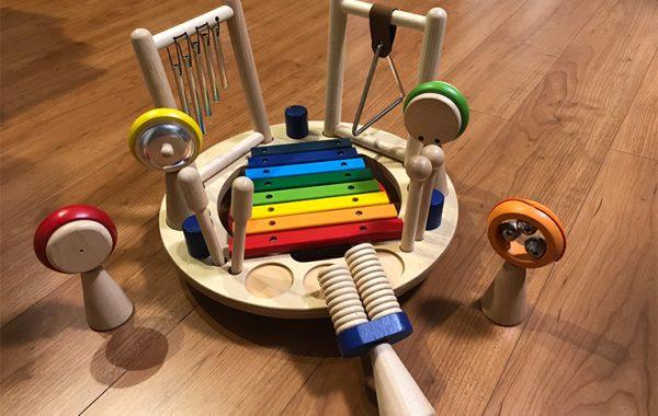 音の鳴るおもちゃ
